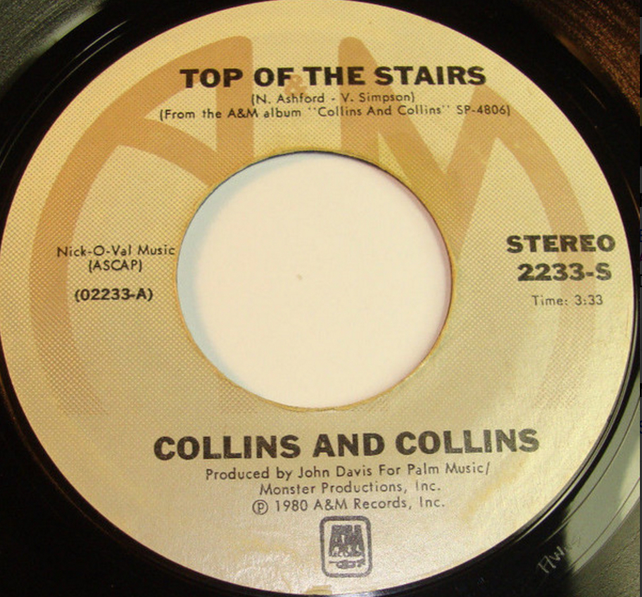 collins-collins-stop-of-the-stairs-41-rooms-show-18