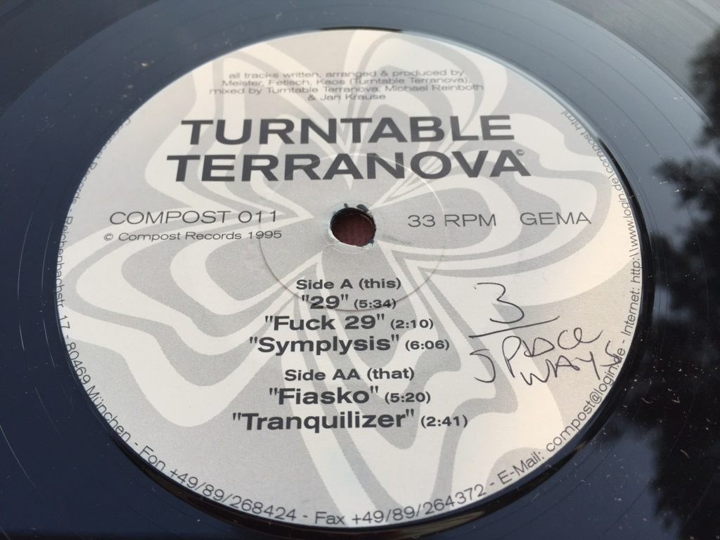 turntable-terranova-29-41-rooms-show-17