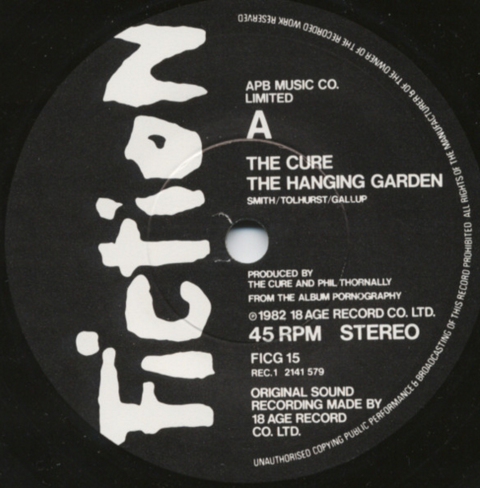 the-cure-the-hanging-garden-41-rooms-show-19