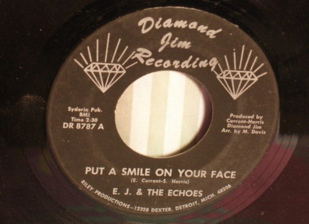 E.J. & The Echoes - Put A Smile On Your Face - 41 Rooms - show 67