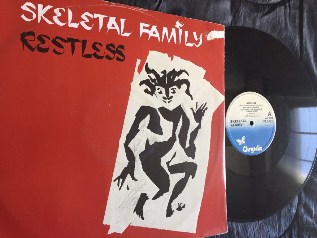 Skeletal Family - Restless - 41 Rooms - show 71