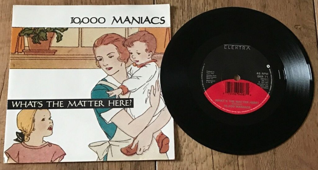 10,000 Maniacs - What's The Matter Here - 41 Rooms - show 76