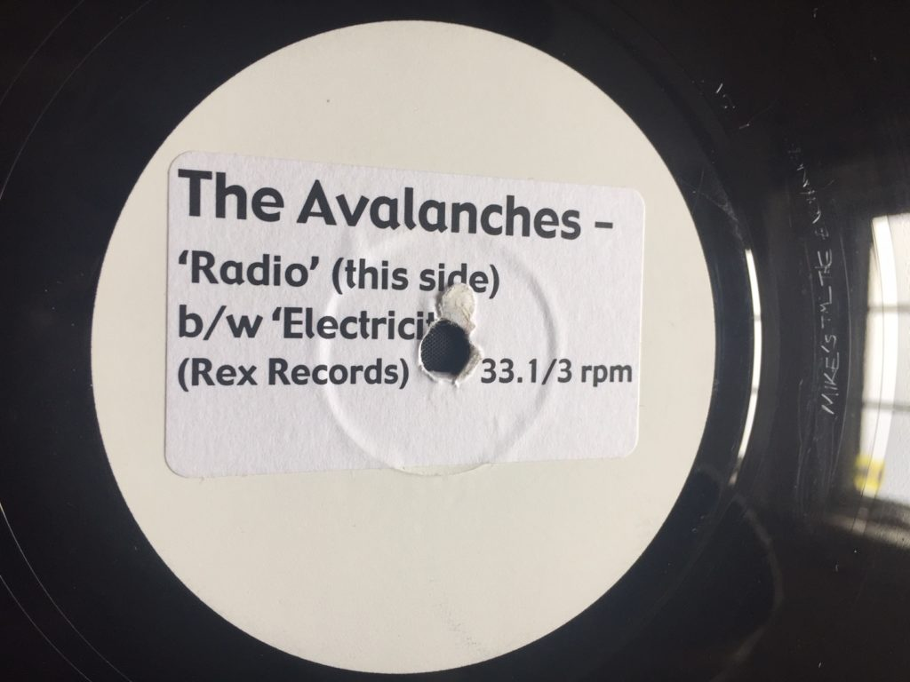 The Avalanches - Radio - 41 Rooms - show 77