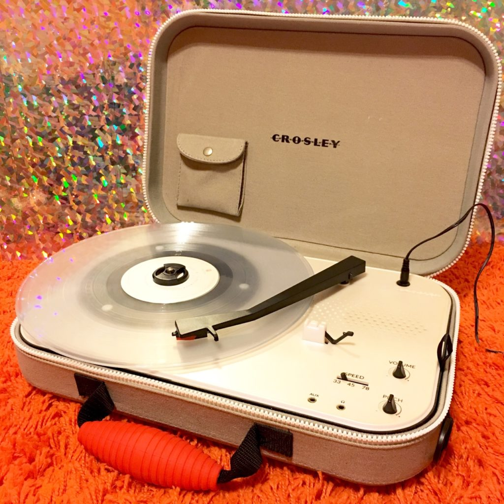 Crosley 'Messenger' Portable Record Player - 41 Rooms - show 81