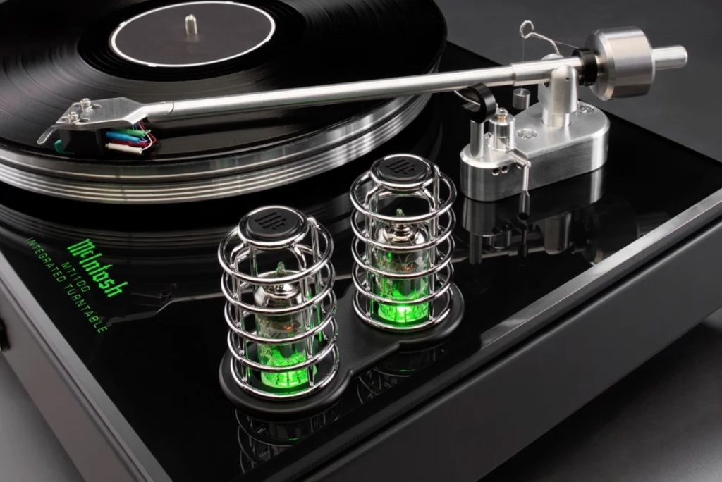 41 Rooms - show 88 - McIntosh MTI100 turntable